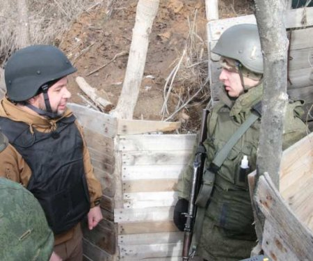 Готовы к наступательной операции: Глава ДНР выехал на передовую(ФОТО)