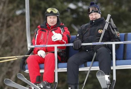 Необычная обстановка на встрече Путина и Лукашенко (ФОТО)