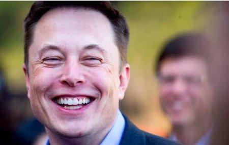Илон Маск разбогател за сутки на рекордные $25 млрд