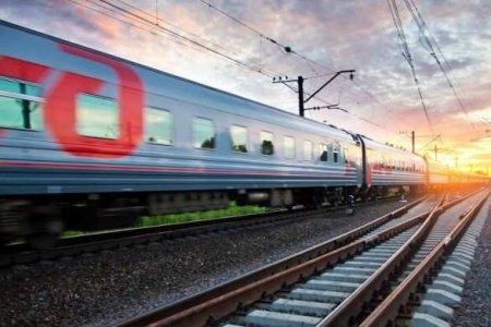 Крым наш — первый пассажирский поезд прибыл в Феодосию (ВИДЕО)