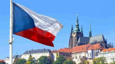 НАТО, Чехия, русские диверсанты и что делал Зеленский в лондонском гей-клубе? (ВИДЕО)