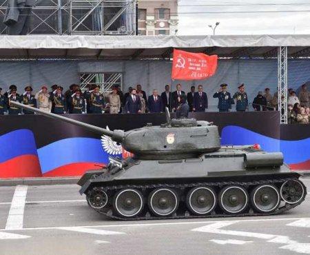 Глава ДНР поздравил дончан с Днём Победы (ФОТО)