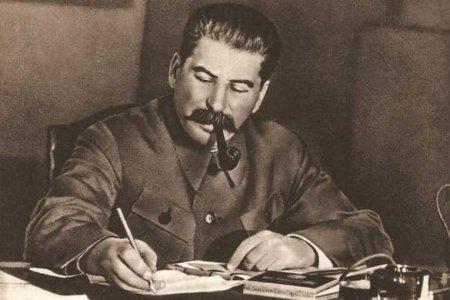 В Грузии потребовали восстановить памятник Сталину и наладить отношения с Россией