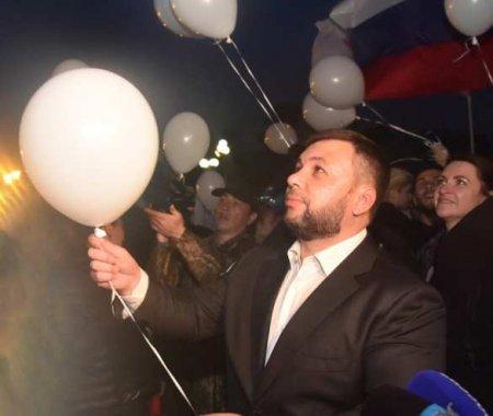 Глава ДНР принял участие в акции памяти погибших детей Донбасса (ФОТО)