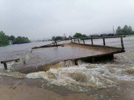 Разрушенные мосты, эвакуация и миллионы ущерба: Забайкалье тонет три недели ...
