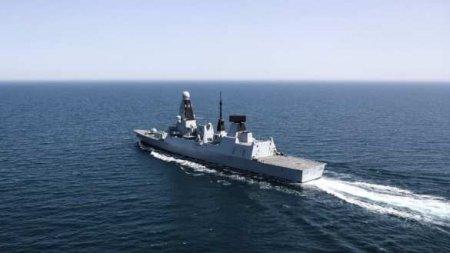 В инциденте с британским эсминцем Defender участвовал американский корабль, — офицер ВМС США