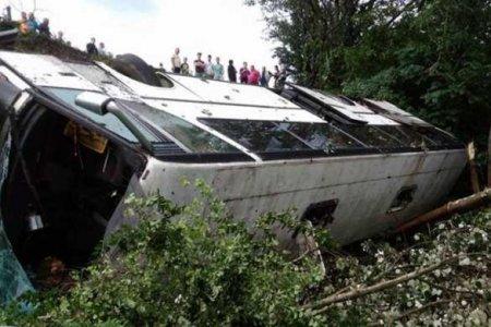 Автобус с десятками украинских туристов перевернулся вТурции (ФОТО, ВИДЕО)