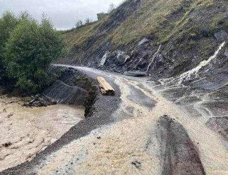 Стихия в Дагестане: «большая вода» сносит дома и уничтожает дороги (ФОТО, ВИДЕО)