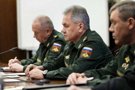 Шойгу наказал военных заотправку почётного караула навенчание Романовых (ФОТО)