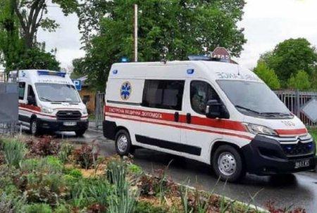 COVID-катастрофа в Киеве: скорые с пациентами стоят в многочасовых очередях (ВИДЕО)