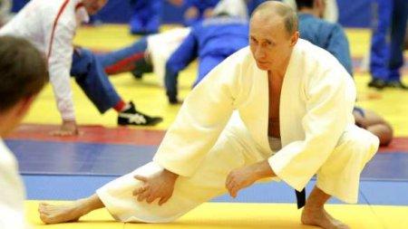 Покашливающий Путин объяснил своё недомогание