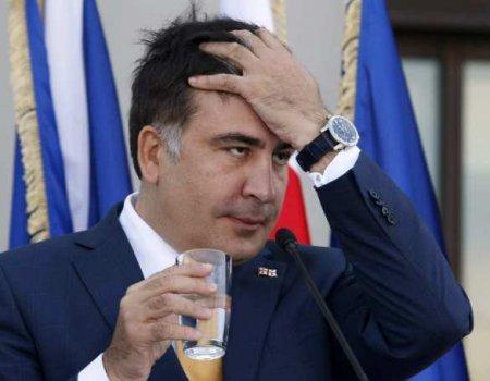 Саакашвили будут обследовать и кормить лекарствами
